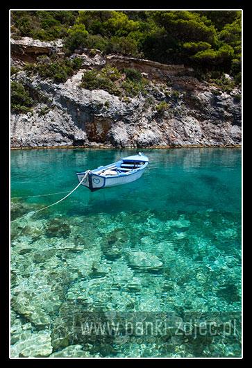 krystalicznie czysta woda Porto Vromi Zakynthos